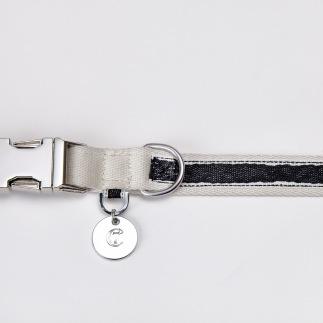 05 50 C7 Dog Collar Hugo Webbing Black Detail1 SCREEN